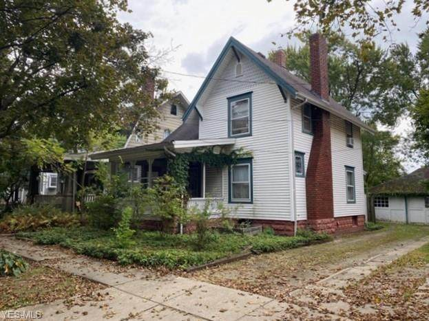 940 Jefferson Avenue, Akron, OH 44302 (MLS #4227846) :: RE/MAX Valley Real Estate
