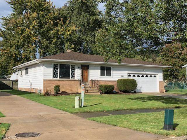 13813 Mary Ann Drive, Garfield Heights, OH 44125 (MLS #4229093) :: Keller Williams Legacy Group Realty