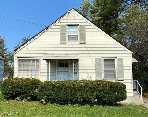 26 Meadowbrook Avenue, Youngstown, OH 44512 (MLS #4230170) :: RE/MAX Valley Real Estate