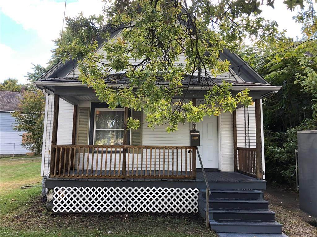838 Hazel Street - Photo 1