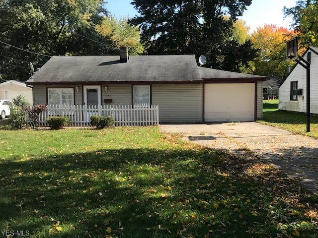 7387 Oregon Trail, Boardman, OH 44512 (MLS #4231620) :: The Holly Ritchie Team