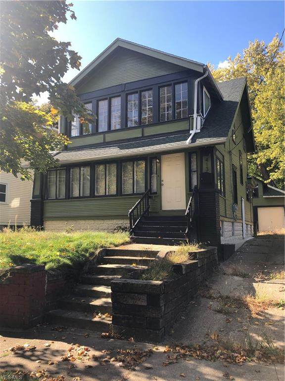 413 Crestwood Avenue, Akron, OH 44302 (MLS #4232594) :: The Jess Nader Team   RE/MAX Pathway