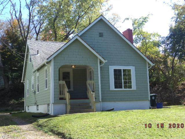 2826 May Avenue NW, Canton, OH 44709 (MLS #4233464) :: Tammy Grogan and Associates at Cutler Real Estate