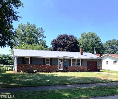 910 Kelly Street NW, New Philadelphia, OH 44663 (MLS #4233592) :: The Holly Ritchie Team