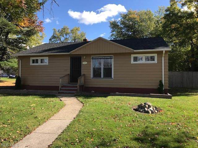 4215 E 160 Street, Cleveland, OH 44128 (MLS #4233780) :: The Holly Ritchie Team