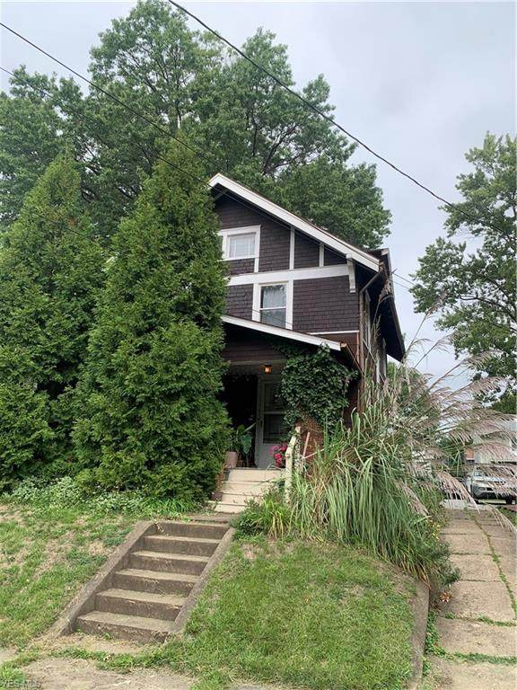 2815 4th Street NW, Canton, OH 44708 (MLS #4234129) :: The Holden Agency