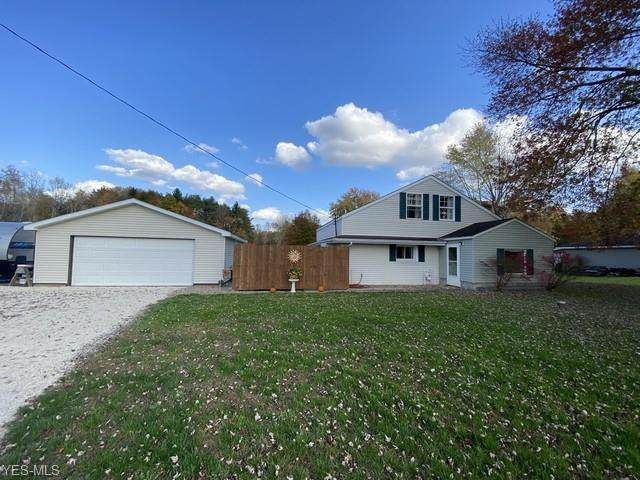 6142 Downs Road NW, Warren, OH 44481 (MLS #4235137) :: RE/MAX Edge Realty