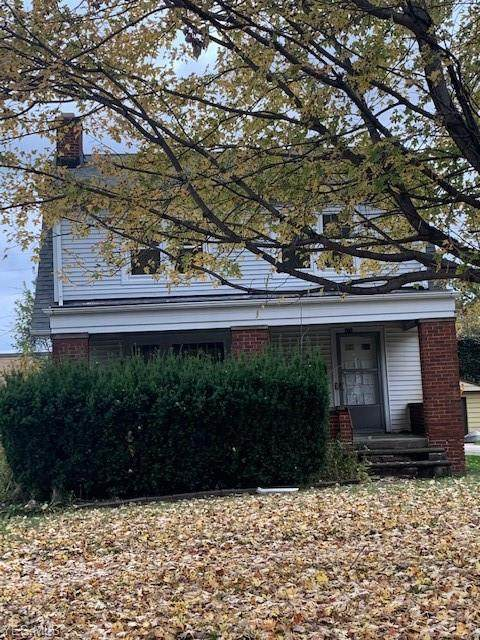 816 Woodview Road, Cleveland Heights, OH 44121 (MLS #4236495) :: RE/MAX Trends Realty
