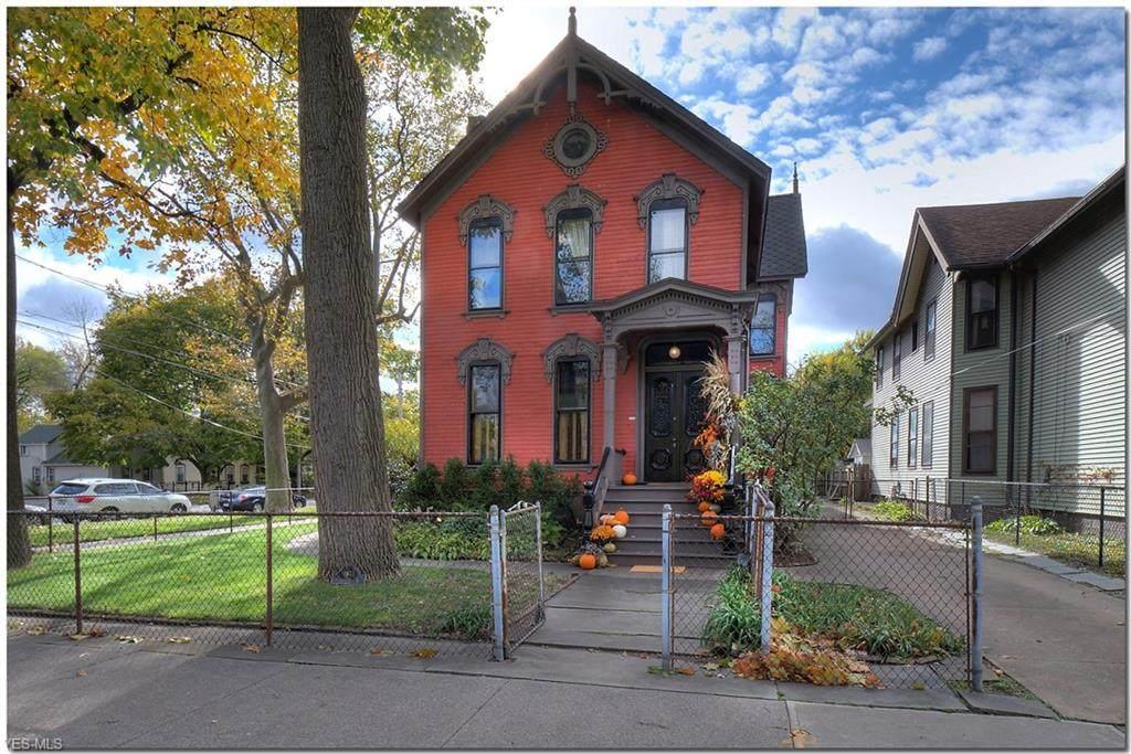1103 Starkweather Avenue - Photo 1