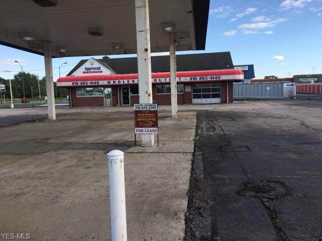 10505 Brookpark Road, Parma, OH 44130 (MLS #4239918) :: RE/MAX Trends Realty