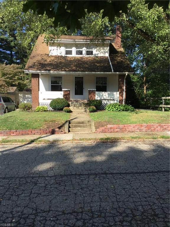 39 16th Street SE, Massillon, OH 44646 (MLS #4241731) :: RE/MAX Trends Realty
