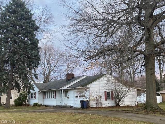 2524 W 9th Street, Ashtabula, OH 44004 (MLS #4242215) :: Select Properties Realty