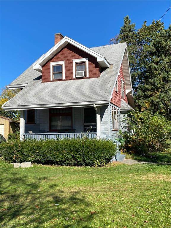 2310 Mount Vernon Avenue, Youngstown, OH 44502 (MLS #4242556) :: The Holden Agency