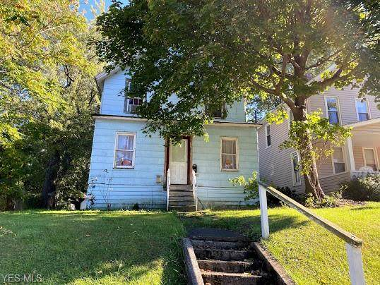 1122 W 6th Street, Ashtabula, OH 44004 (MLS #4243715) :: The Crockett Team, Howard Hanna