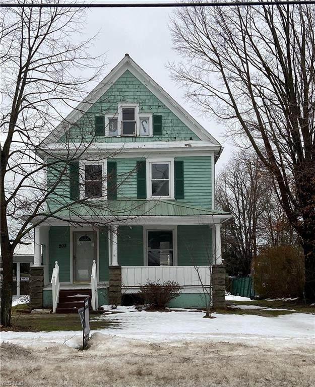 208 W Main Road, Conneaut, OH 44030 (MLS #4247846) :: RE/MAX Trends Realty