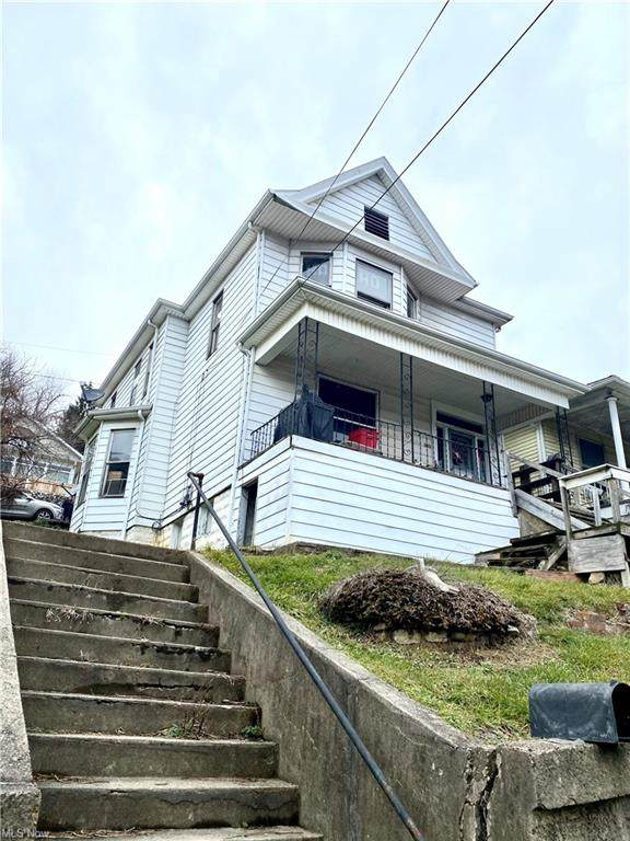 523 N 7th Street, Martins Ferry, OH 43935 (MLS #4248557) :: RE/MAX Trends Realty