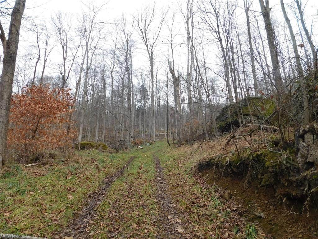 Township Road 86 - Photo 1