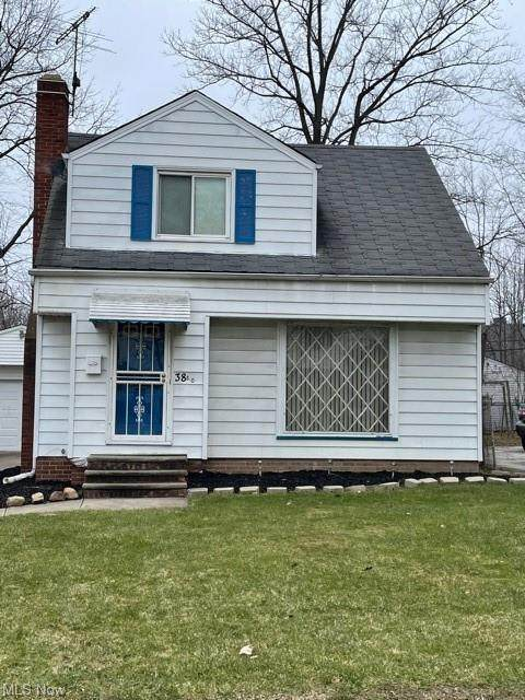 3880 E 155th Street, Cleveland, OH 44128 (MLS #4248778) :: Keller Williams Chervenic Realty