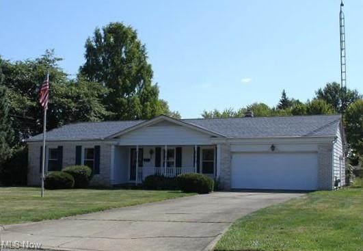 1658 Stonehenge, Warren, OH 44483 (MLS #4249292) :: TG Real Estate