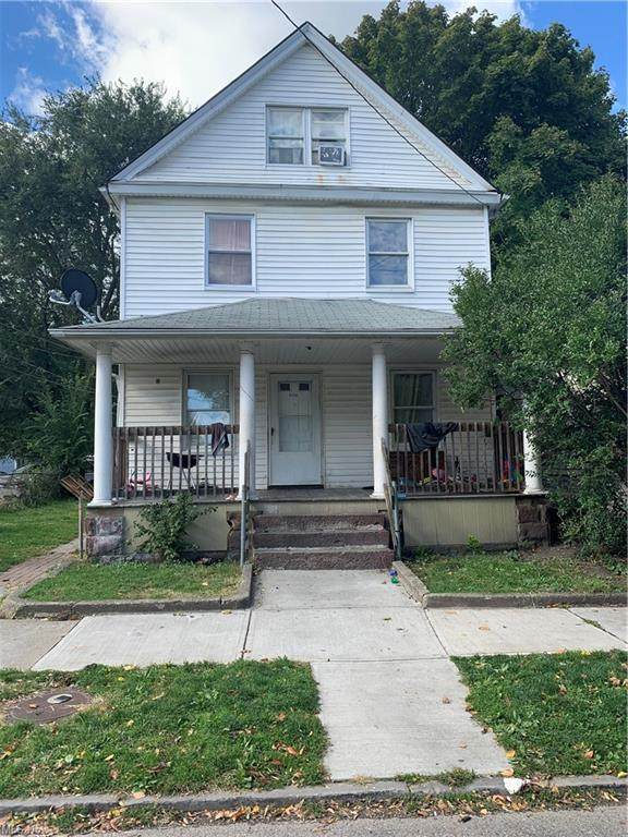 3136 W 50th Street, Cleveland, OH 44102 (MLS #4249750) :: The Holden Agency