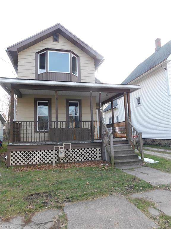120 W 42nd Street, Ashtabula, OH 44004 (MLS #4249769) :: The Holden Agency