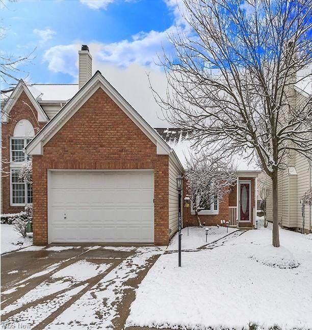 16506 Sunwood Oval, Strongsville, OH 44136 (MLS #4249938) :: Keller Williams Legacy Group Realty