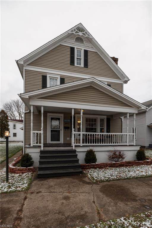 307 E 2ND Street, Dover, OH 44622 (MLS #4250581) :: Keller Williams Legacy Group Realty