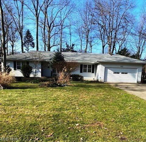 1022 W Mill Drive, Highland Heights, OH 44143 (MLS #4250713) :: TG Real Estate