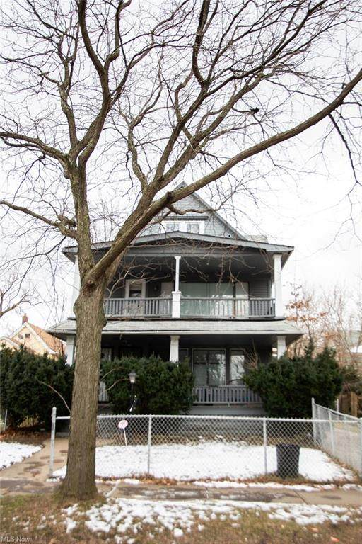 9016 Yale Avenue, Cleveland, OH 44108 (MLS #4251599) :: The Holden Agency