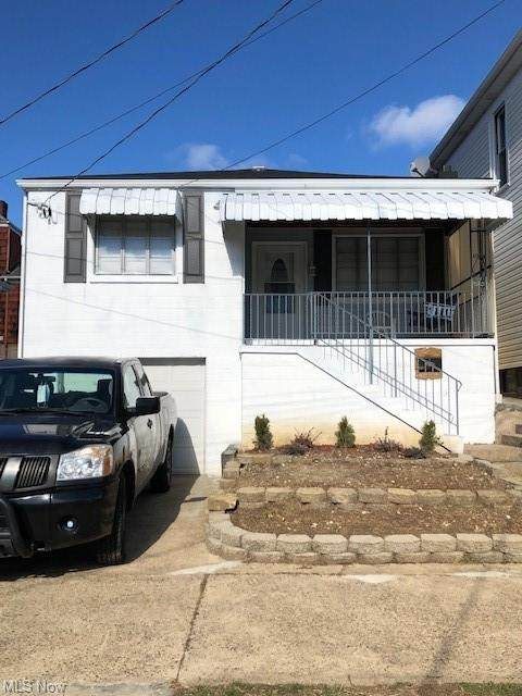 221 S 8th Street, Martins Ferry, OH 43935 (MLS #4251642) :: RE/MAX Trends Realty