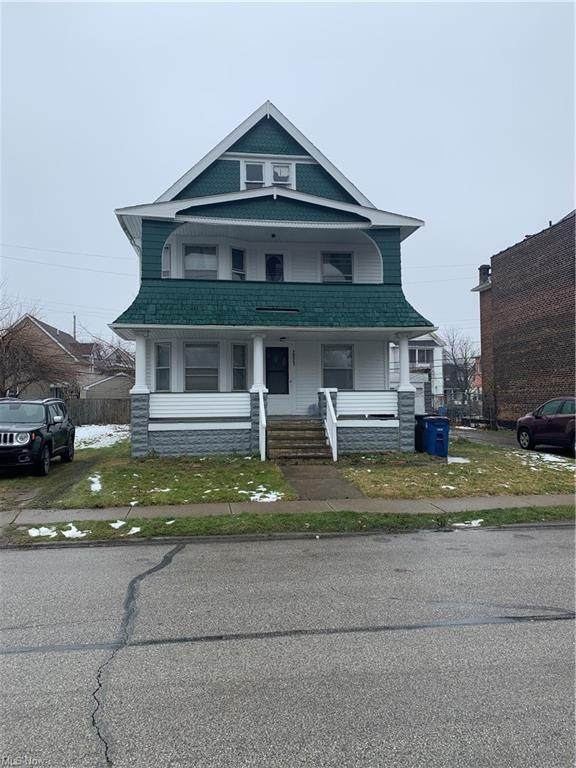 2821 E 122nd Street, Cleveland, OH 44120 (MLS #4251980) :: Tammy Grogan and Associates at Cutler Real Estate
