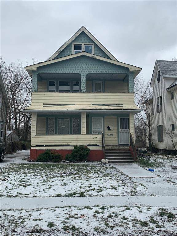 3272 E 117th Street, Cleveland, OH 44120 (MLS #4252053) :: Krch Realty