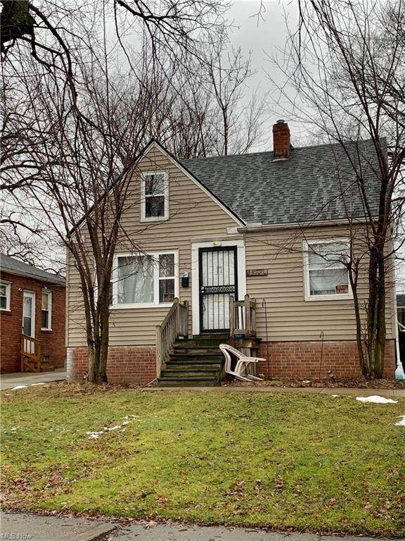 15711 Cloverside Avenue, Cleveland, OH 44128 (MLS #4252114) :: Tammy Grogan and Associates at Cutler Real Estate