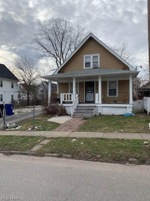 3370 E 143rd Street, Cleveland, OH 44120 (MLS #4253765) :: Keller Williams Legacy Group Realty