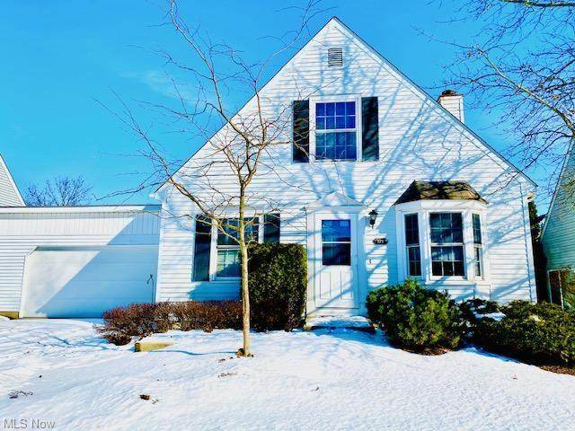 121 Bayberry Lane #30, Bedford, OH 44146 (MLS #4254629) :: The Holden Agency