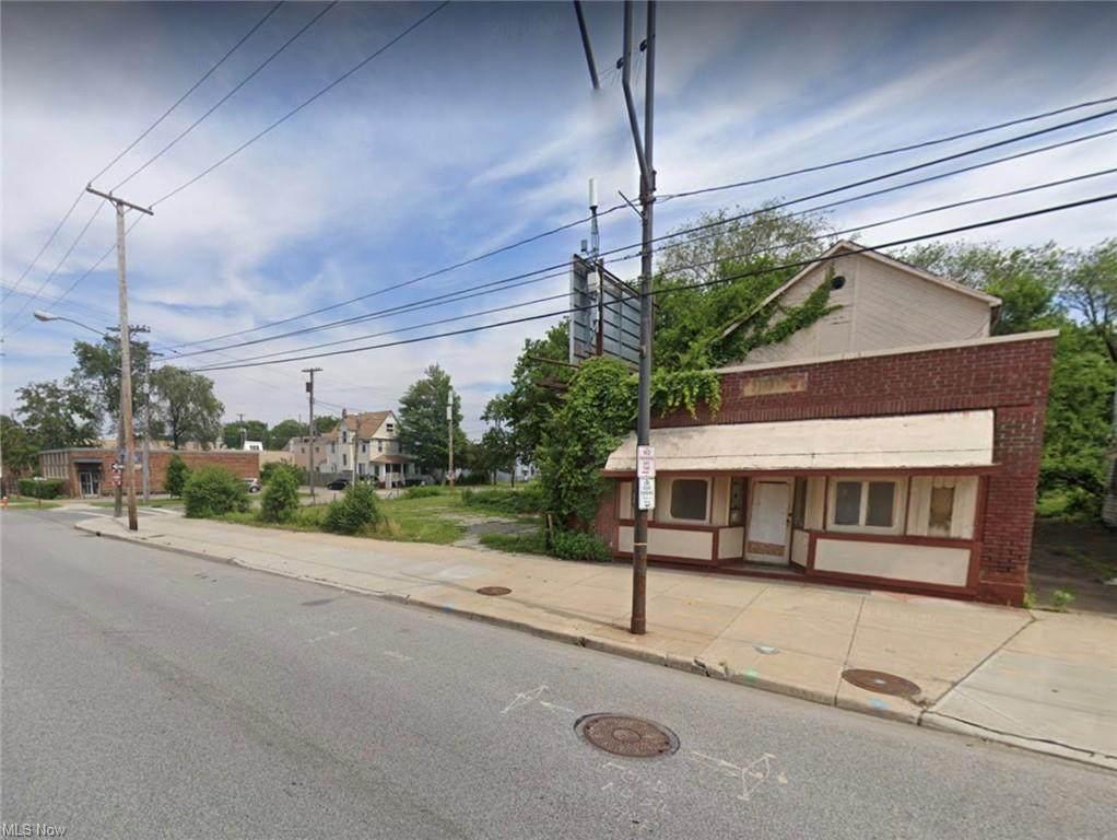 4212 St. Clair Avenue - Photo 1
