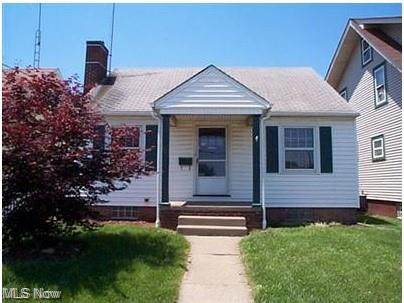 1001 Wertz Avenue SW, Canton, OH 44710 (MLS #4257859) :: RE/MAX Trends Realty