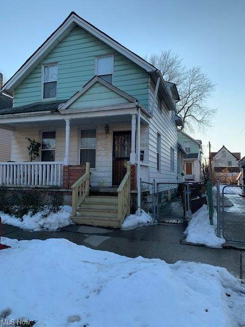 1764 E 33rd Street, Cleveland, OH 44114 (MLS #4258033) :: The Jess Nader Team | RE/MAX Pathway