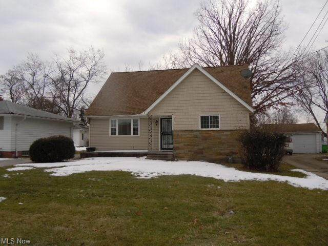 21860 Norton Road, Bedford Heights, OH 44146 (MLS #4258556) :: The Art of Real Estate