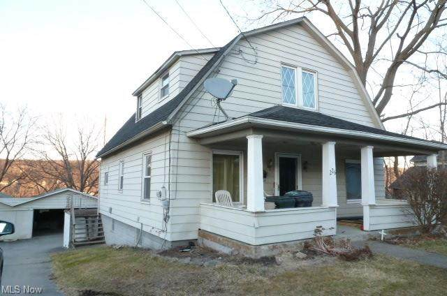 226 Lowellville Road, Struthers, OH 44471 (MLS #4259431) :: The Art of Real Estate