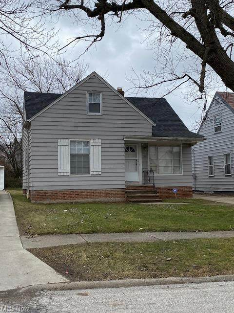4661 E 88th Street, Garfield Heights, OH 44125 (MLS #4259665) :: The Holden Agency