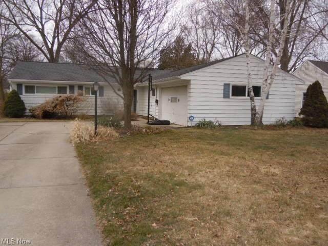 2666 W Asplin Drive, Rocky River, OH 44116 (MLS #4260357) :: The Art of Real Estate