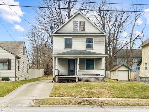 663 5th Street, Struthers, OH 44471 (MLS #4260876) :: Keller Williams Legacy Group Realty