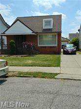 10812 Wadsworth Avenue, Garfield Heights, OH 44125 (MLS #4261934) :: The Crockett Team, Howard Hanna