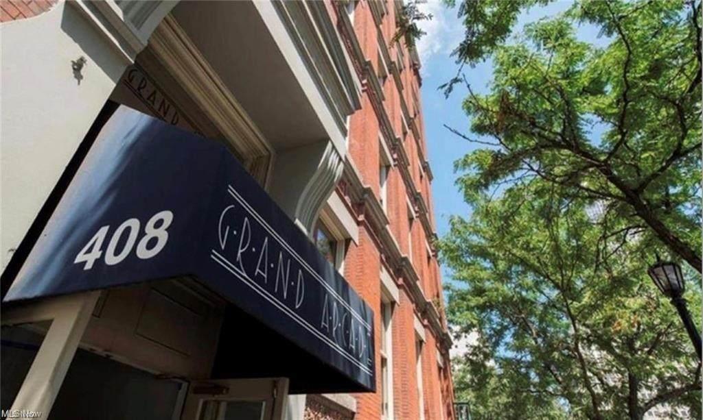 408 Saint Clair Avenue - Photo 1