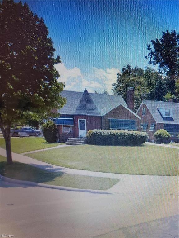 20890 Lake Shore Boulevard, Euclid, OH 44123 (MLS #4263231) :: The Art of Real Estate