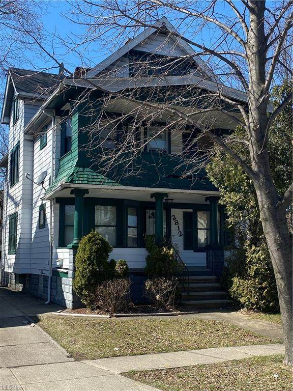 2812 E 117th Street, Cleveland, OH 44120 (MLS #4264078) :: The Holden Agency