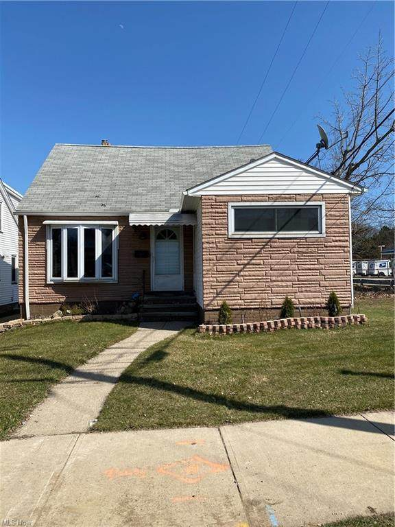 5599 State Road, Parma, OH 44134 (MLS #4264255) :: The Art of Real Estate