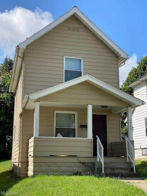 1743 Silliman Street, Youngstown, OH 44509 (MLS #4265072) :: The Holden Agency
