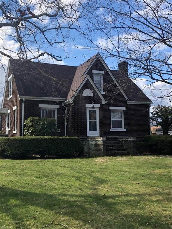 800 Tenney Avenue, Campbell, OH 44405 (MLS #4265946) :: The Crockett Team, Howard Hanna